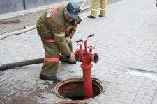 Где должны устанавливаться пожарные гидранты